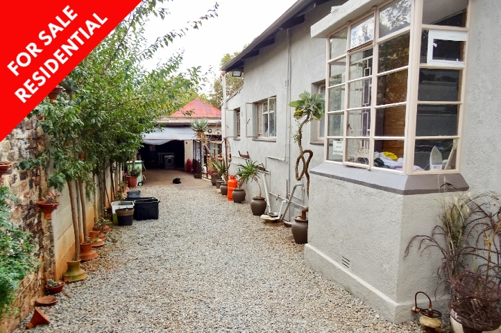 Bezuidenhout Valley House For Sale By Manzella Estates