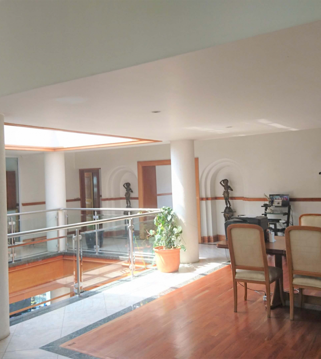 Open plan upstairs 2.JPG